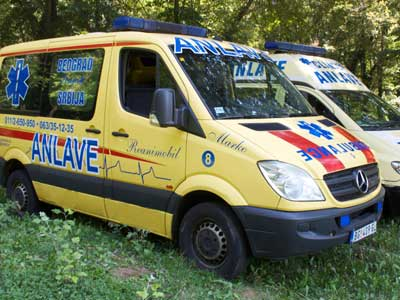 ANLAVE POLIKLINIKA Ambulance transportation, medical transportation Beograd