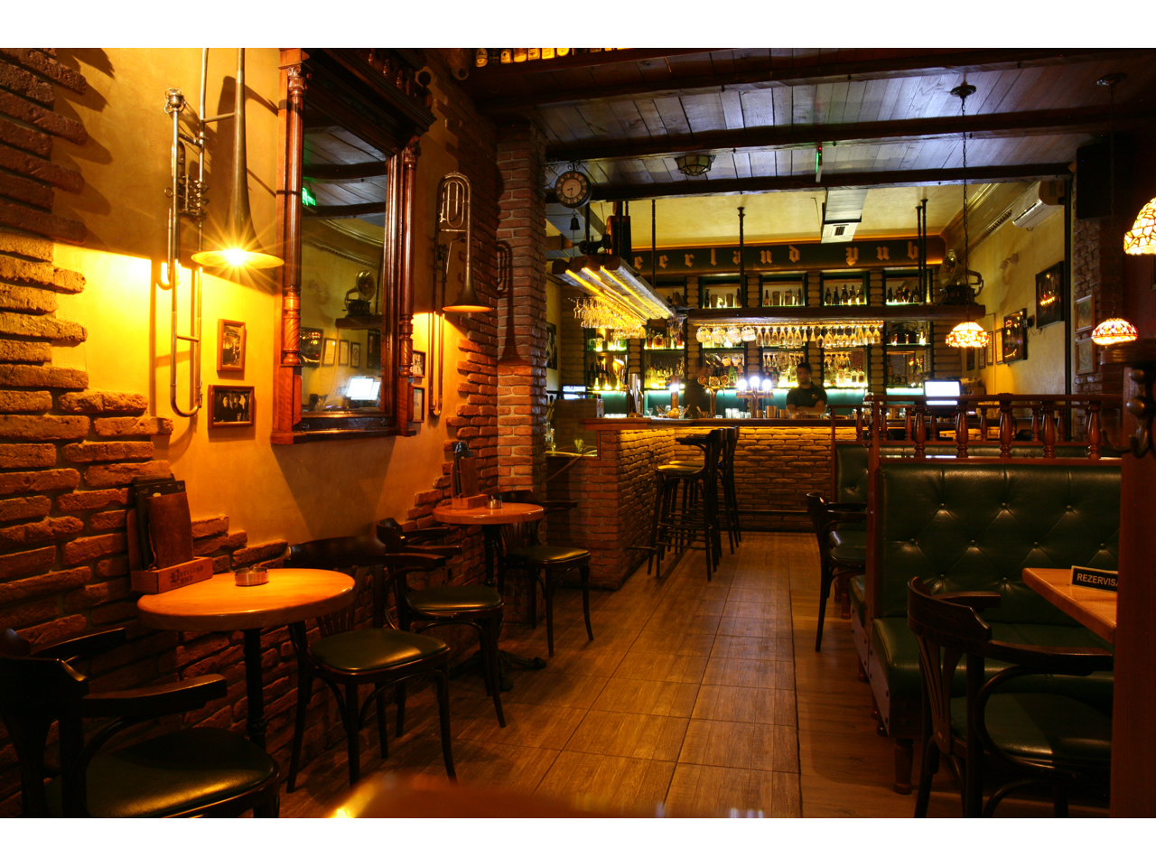 BEERLAND PUB Bars and night-clubs Beograd