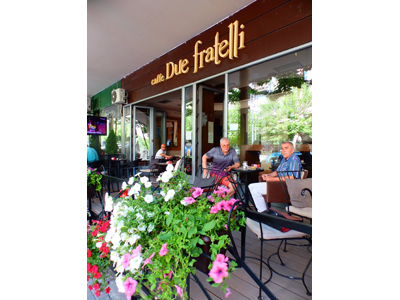 CAFFE DUE FRATELLI Bars and night-clubs Beograd