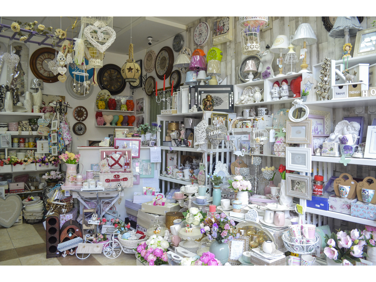 GALERIJA GIFT SHOP PČELICA Decoration objects Beograd
