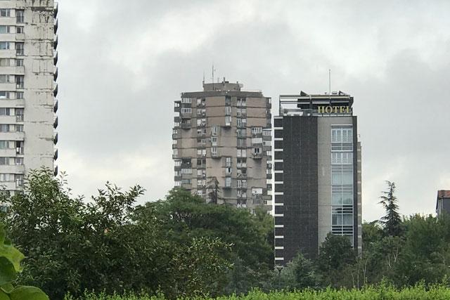 Neobični nadimci stambenih zgrada  Toblerone-Ivan-radojicic