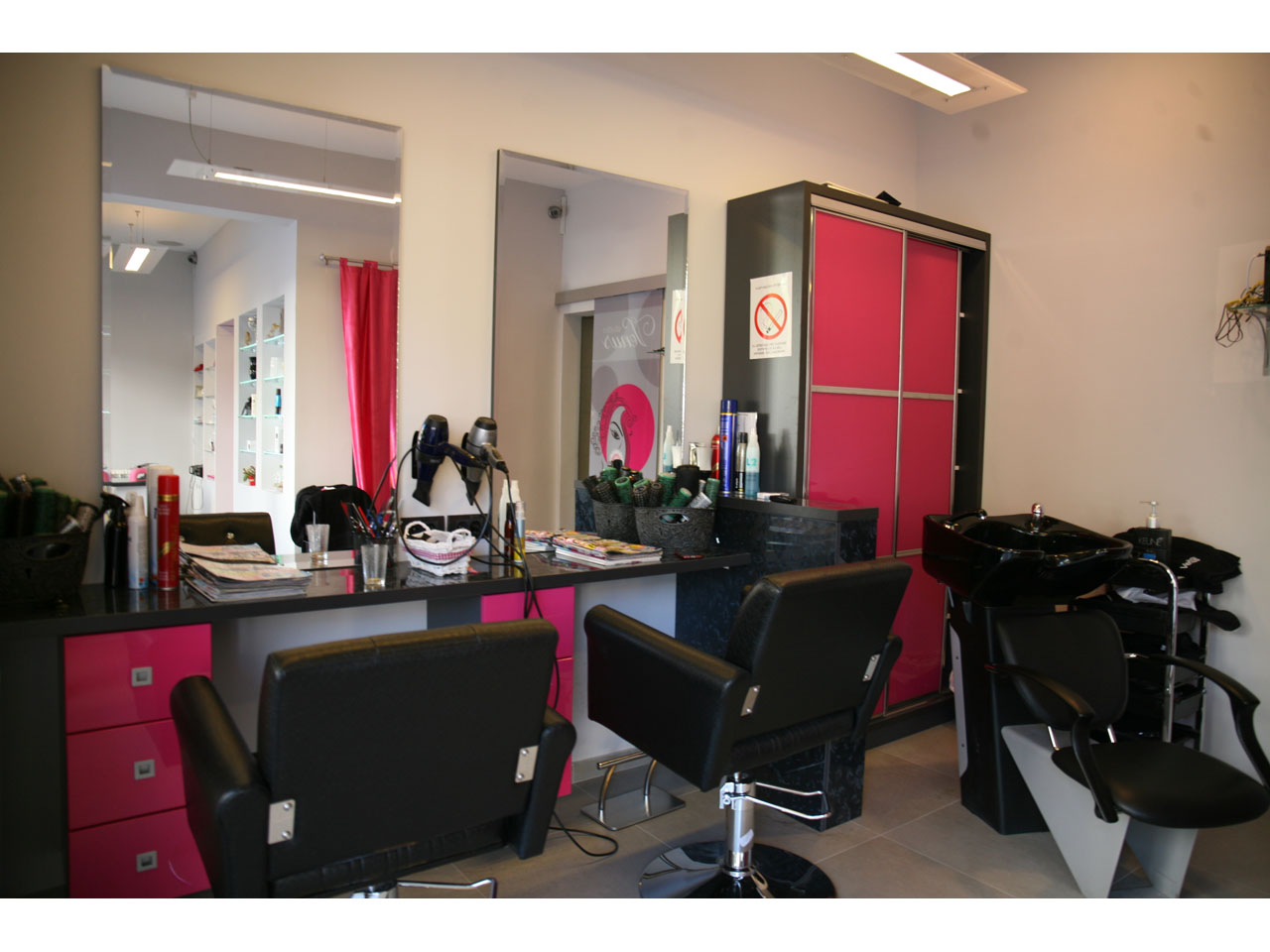 STUDIO VENUS Manicures, pedicurists Beograd