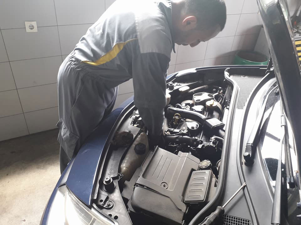 AUTO CENTAR MARKOVIC Replacement parts Beograd
