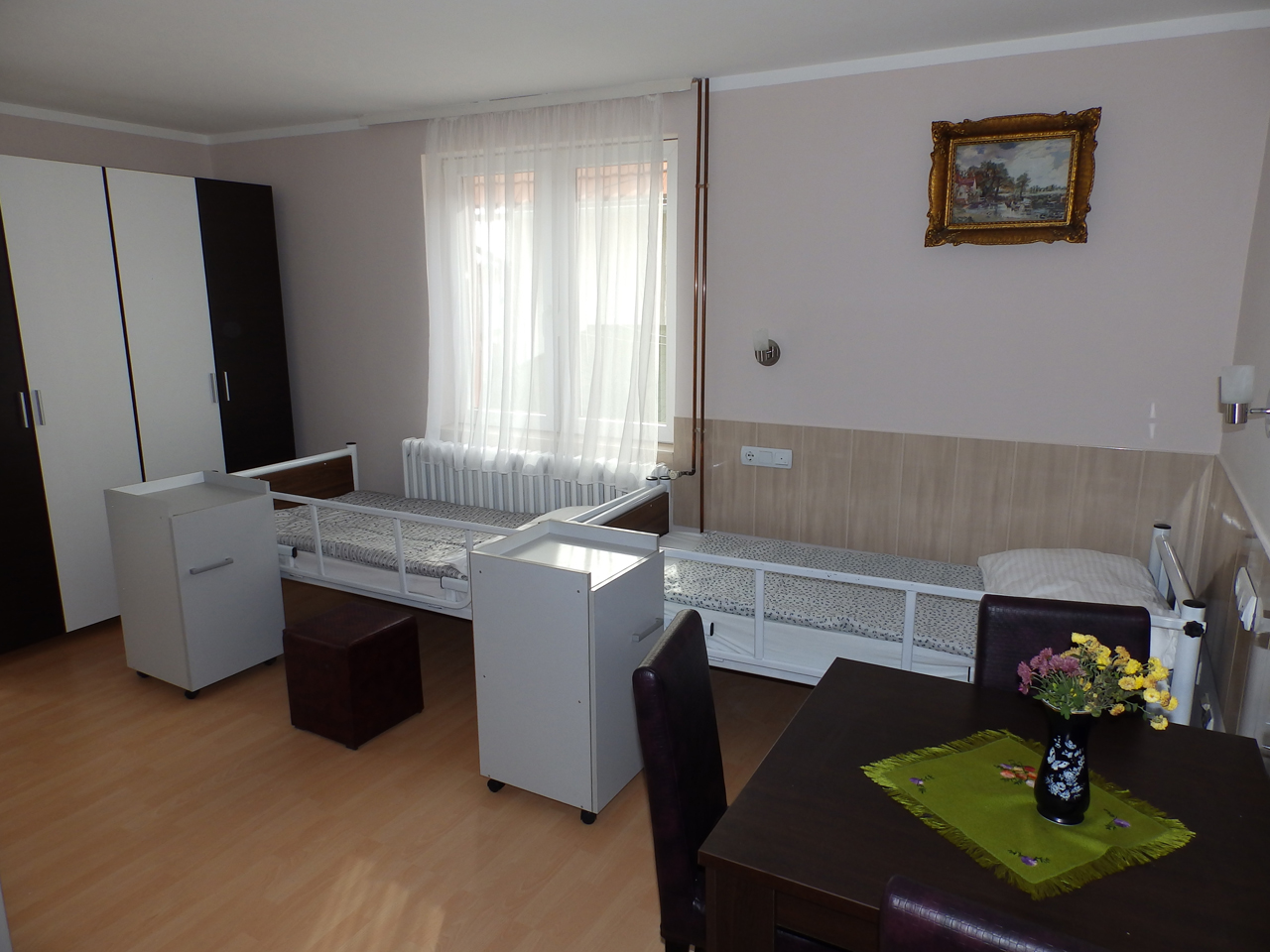 HOME FOR OLD NADA - BORCA Homes and care for the elderly Beograd