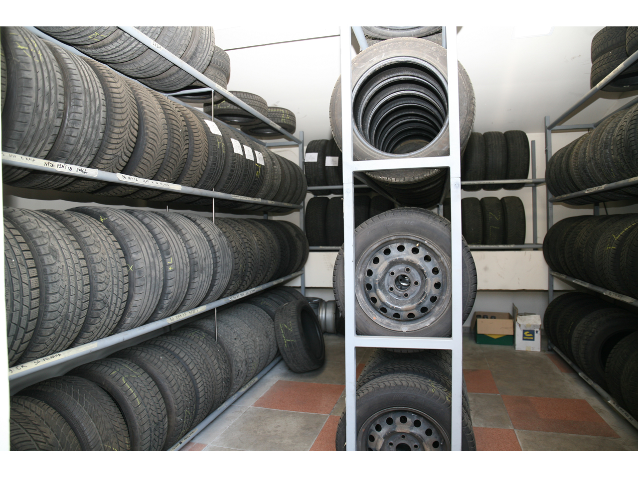 KOPROM AS Tire repair Beograd