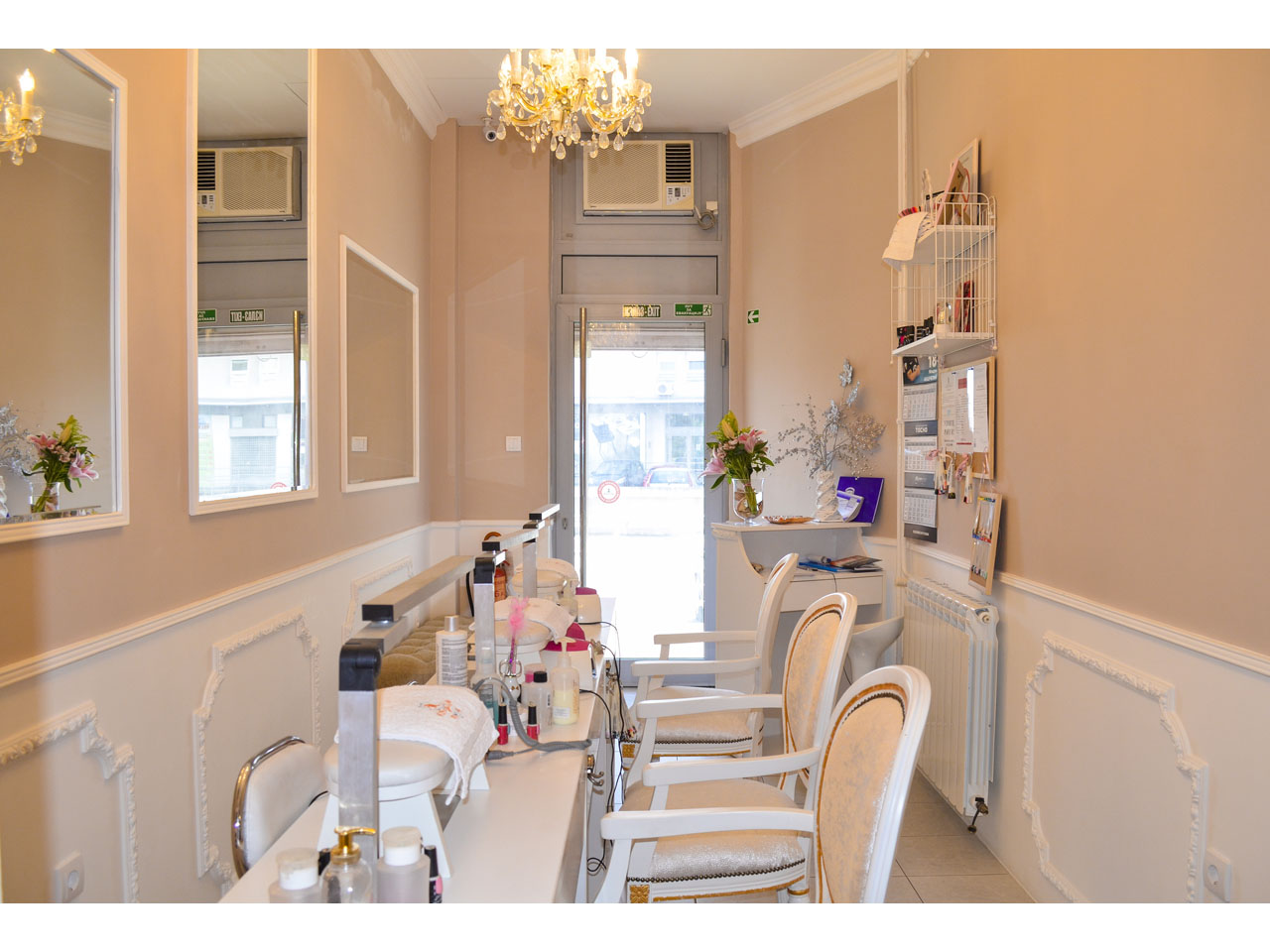 RUSTIK NAILS Manicures, pedicurists Beograd