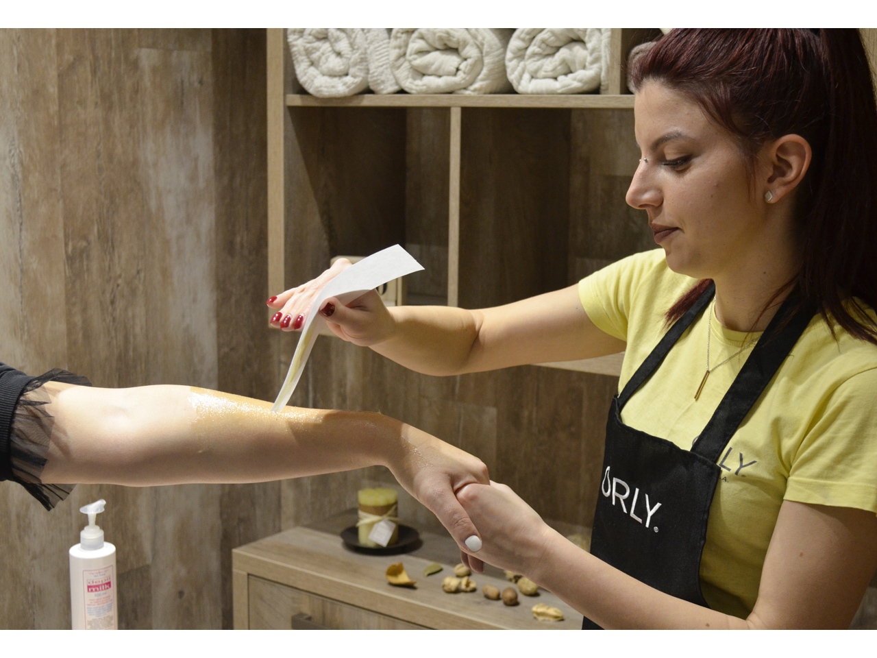AYA - ORLY SALON & SHOP Manicures, pedicurists Beograd