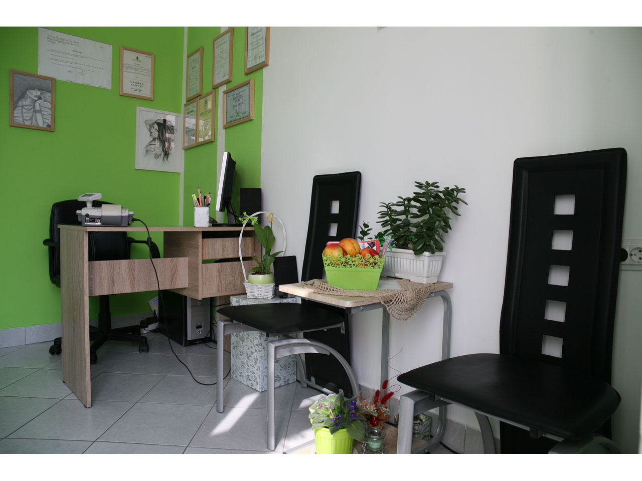 YOU EMPRESS Manicures, pedicurists Beograd