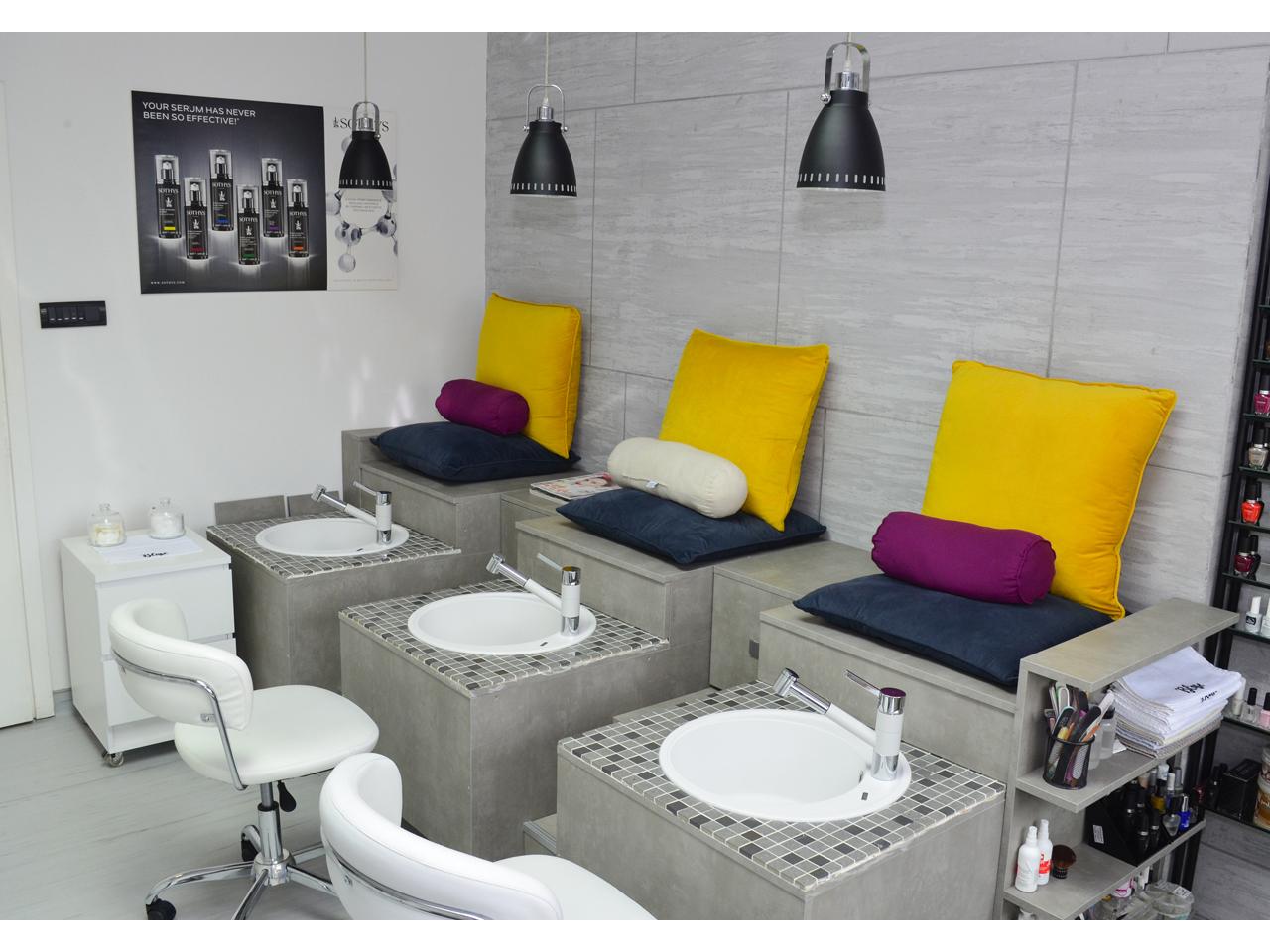 Blisse Cosmetic Salon Cosmetics Salons 44 Bulevar Zorana Djindjica St Lokal 23 Novi Beograd Belgrade 011info Com