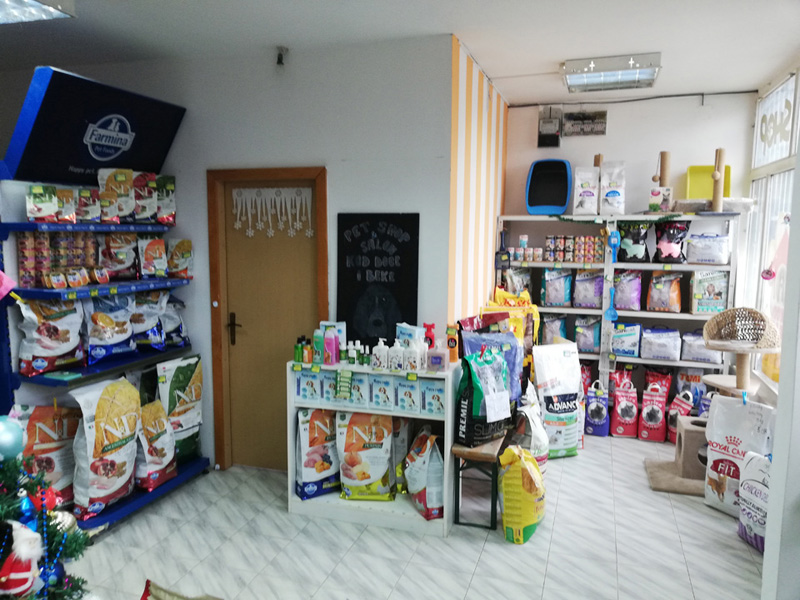 AT DOCA AND BEKA SALON AND PET SHOP Pets, pet shop Beograd