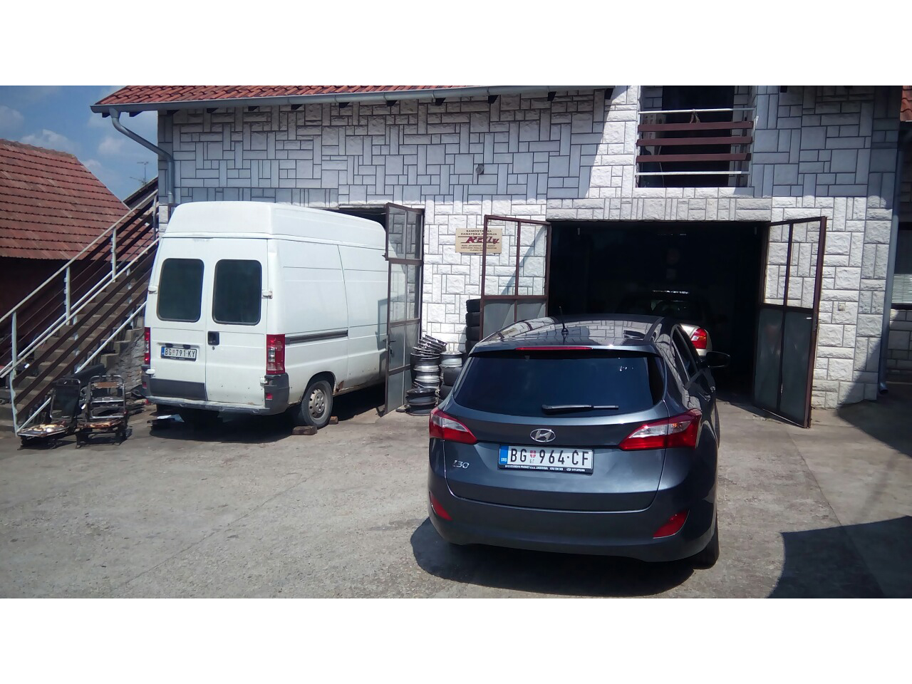 CAR PARTS HYUNDAI AND DAEWOO AND CAR SERVICE RELLY Replacement parts Beograd