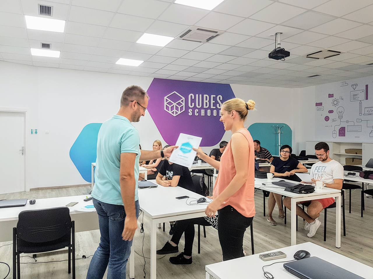 CUBES IT SCHOOL Other education Beograd