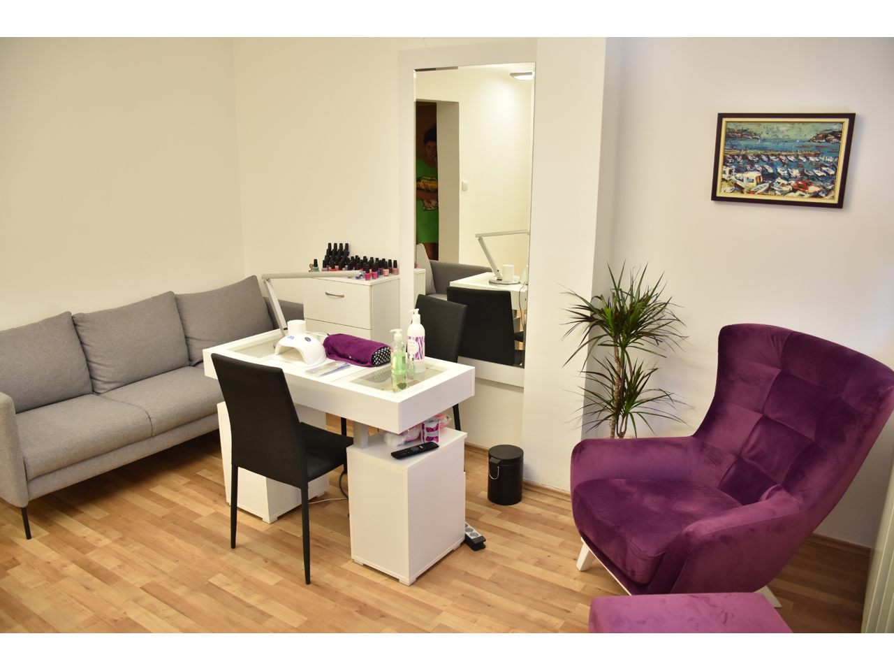 LIGHT BEAUTY STUDIO Cosmetics salons Beograd