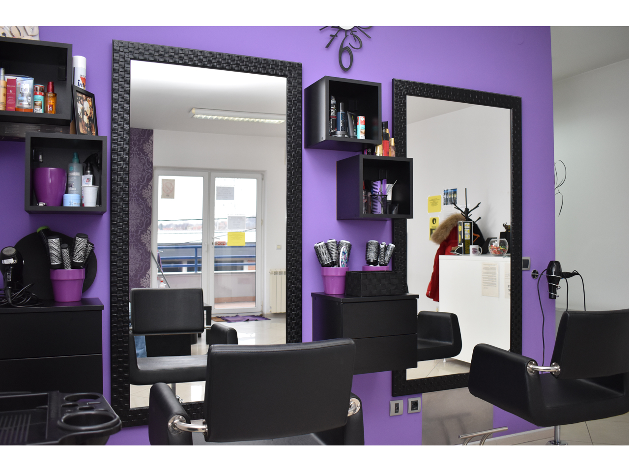 HAIRDRESSING COSMETIC STUDIO GAGA IN Masage Beograd