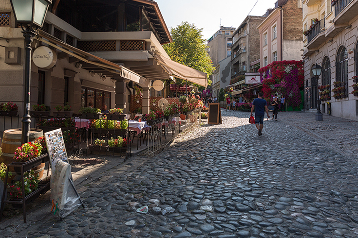 Belgrade's Skadarlija - from a bohemian quarter to an ethnic-style attraction